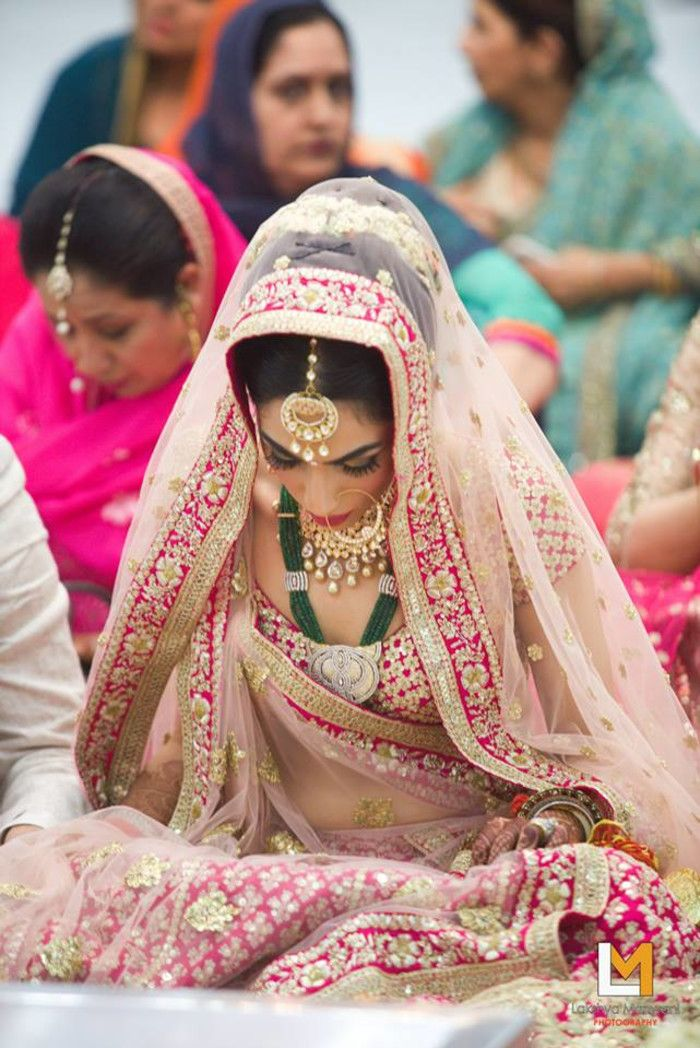 Bridal Wear - The Bride Sakshi! Photos, Hindu Culture, Beige Color, Bridal Makeup, Mangtika, Antique Jewellery pictures, images, vendor credits - Lakshya Manwani Photography, Weddingplz