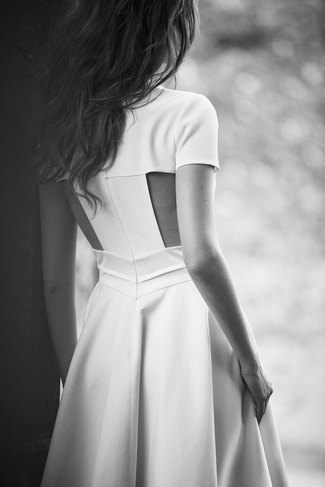 Delphine Manivet, la collection poétique de robes de mariée 2016