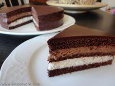 Tarta de cafe, chocolate y nata agria