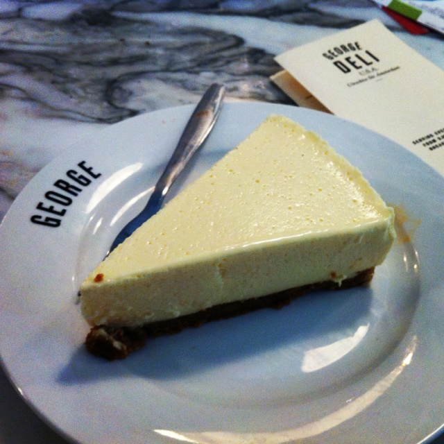 Cheese cake at George Deli
