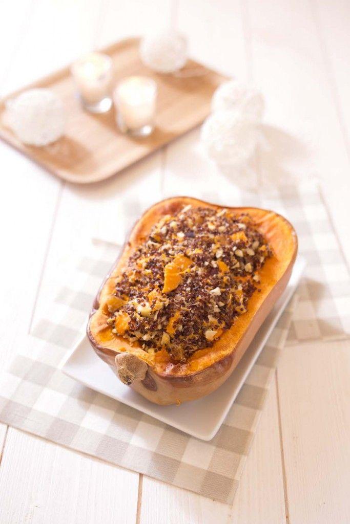 Photo de la recette : Courge butternut rôtie au quinoa, chèvre et fruits secs