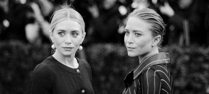 De las Birkenstock a las bailarinas de Chanel; de las sandalias minimal de Maison Margiela a las babuchas de Céline: éste es el álbum estético de los zapatos que adoran las gemelas más famosas del mundo