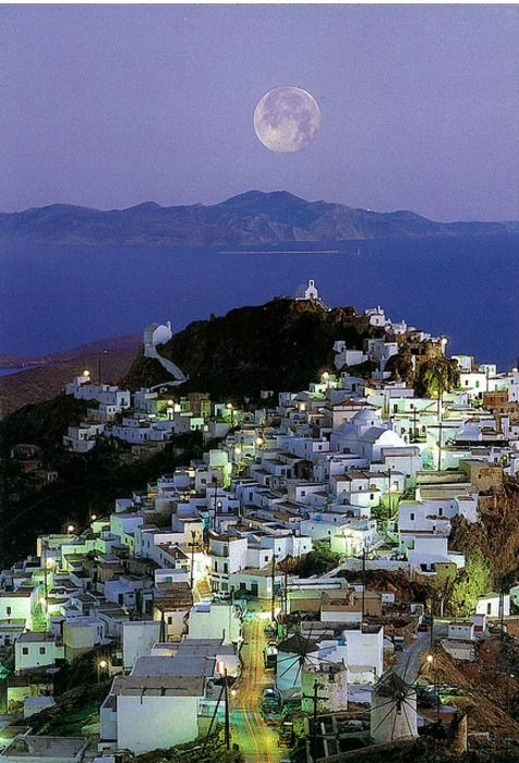 The moon in Serifos, Greece