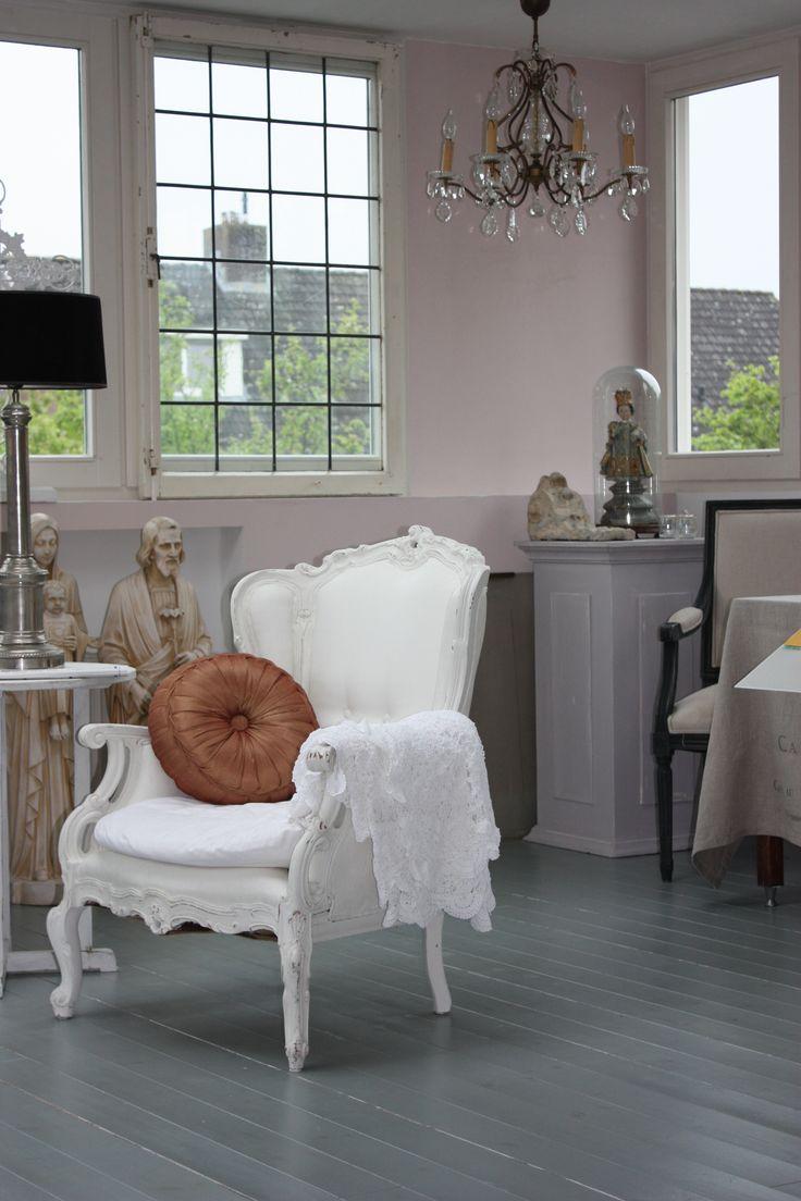 Keuken Verven Met Krijtverf : Krijtverf waar je zelfs stoelen, vloeren, keukens enz. mee kunt verven