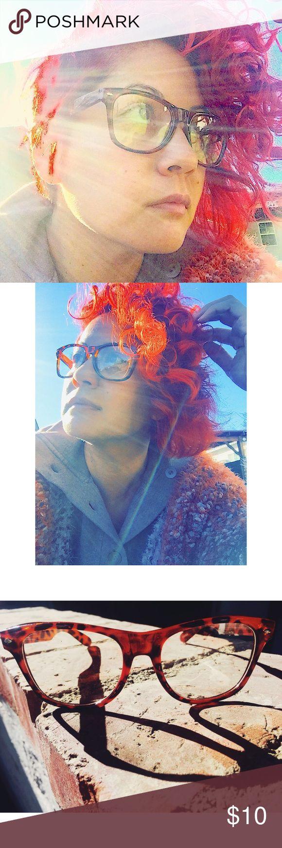 🆕 NWT 👓 Tortoise Colored Fashion Eye Glasses 🆕 NWT 👓 Tortoise Colored Fashion Eye Glasses 👓Non Prescription 👓 Accessories Glasses