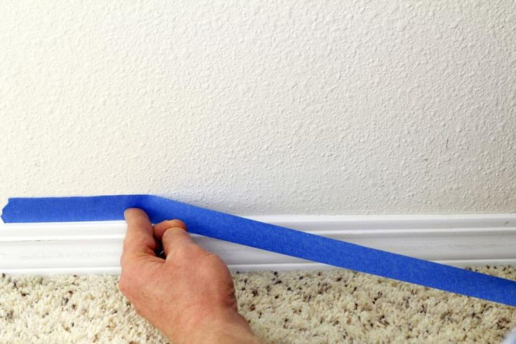 The paint a wall smoothly and protect other surfaces from stains, it is important to prepare the entire area before you start painting. In this blog, we have created painting preparation checklist for walls, floor and other surfaces.