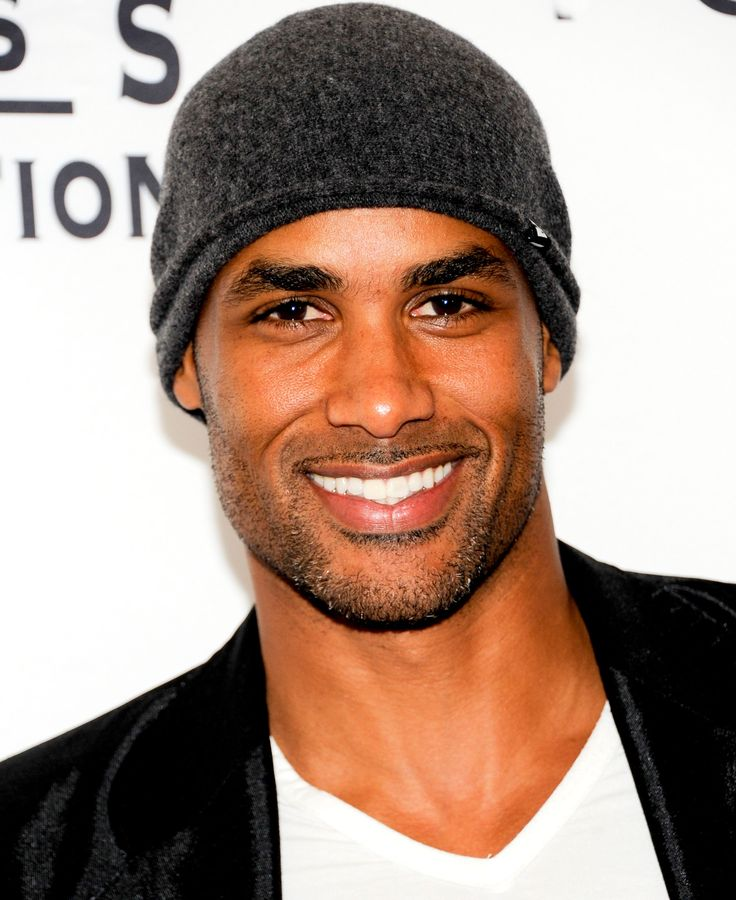 Boris Kodjoe. Again. If I had one wish...for a man....this would be him.