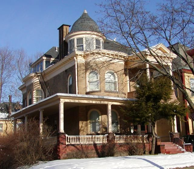 30 best architecture building styles images on pinterest for Queen anne windows