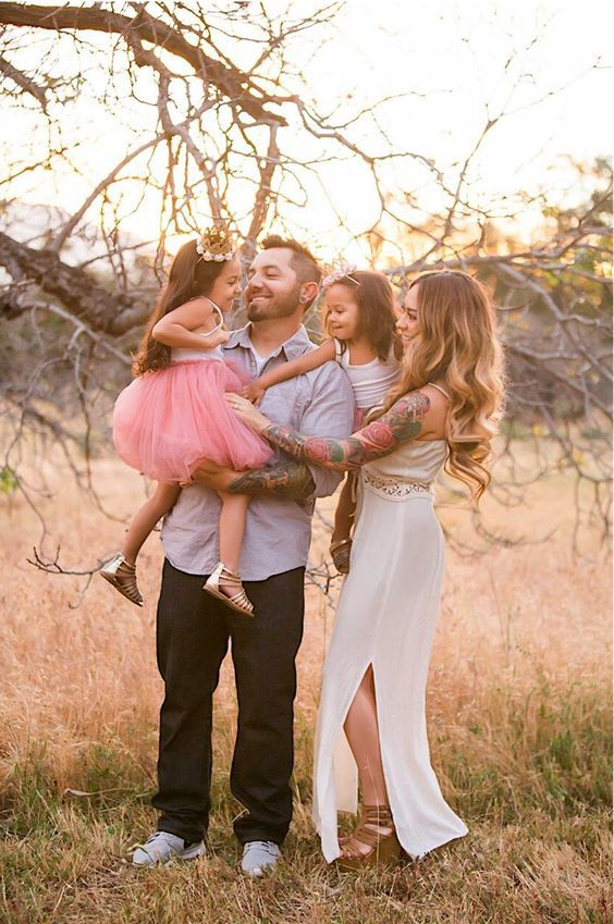 Candid photography outdoor photography families whimsical