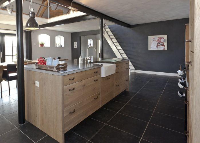 Eiken Keuken Verven Thuis : Meer dan 1000 idee?n over Zwarte Trap op Pinterest – Zwarte Leuning