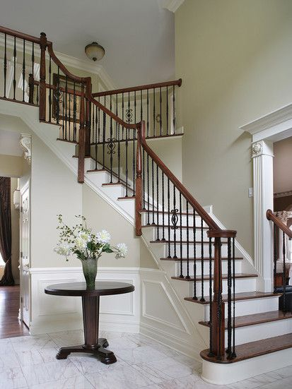 Dramatic Entry Way With Staircase, Traditional Staircase, New York