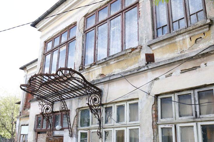 20170511 iasi _std_Alba_casa de demolat.JPG