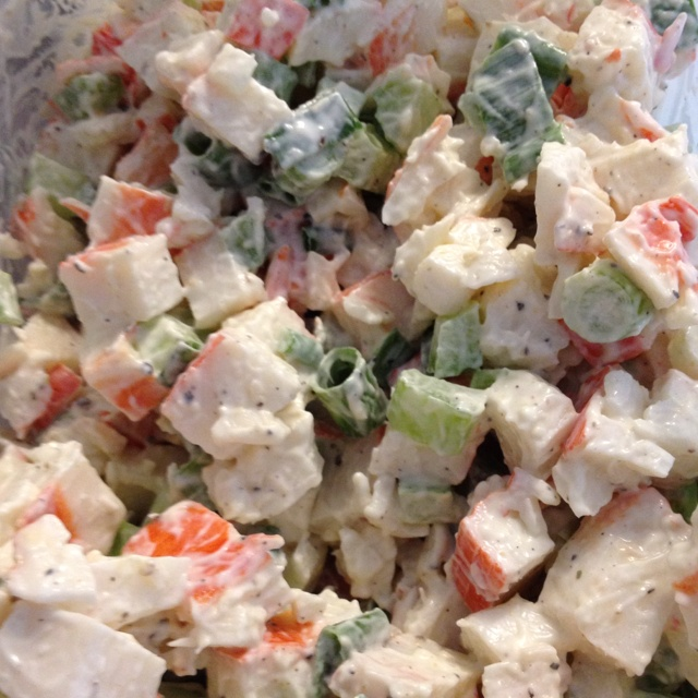 Crab meat salad for lunch. Crab meat Green onions, low fat Mayo, Celery Cracked pepper!!  #ClubPhotoBooth: Horseradish Sauce