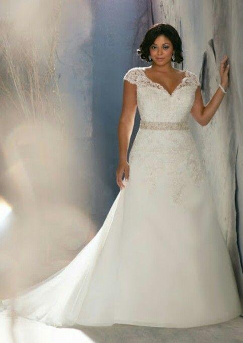 17 besten Plus Size Bridal Bilder auf Pinterest   Hochzeitskleider ...