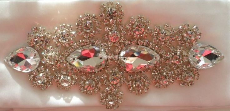 Cinturon vestido de novia de Wedding Room | Foto 21