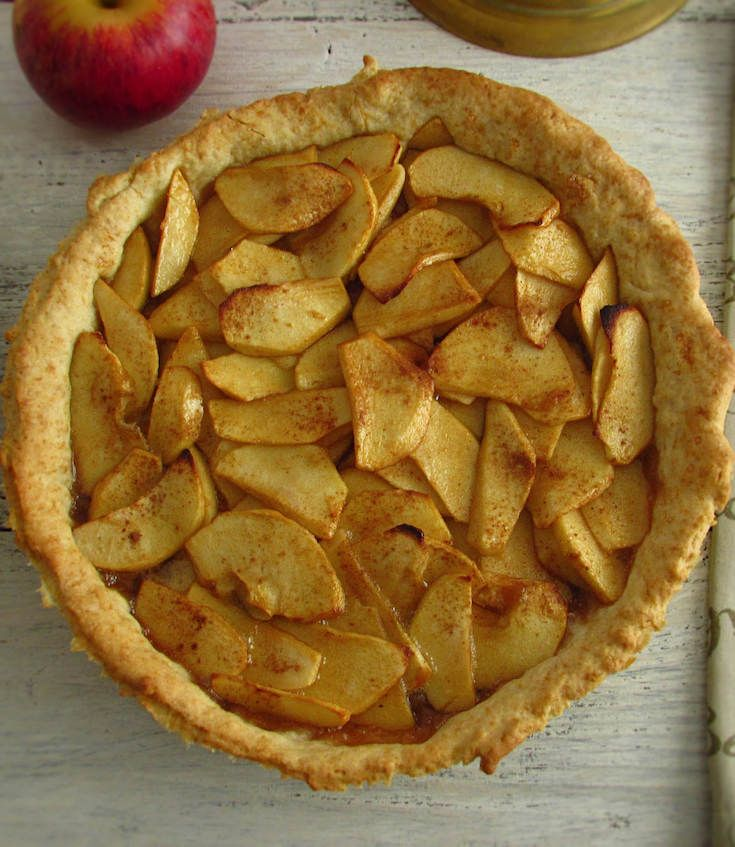 Apple pie | Food From Portugal. A delicious and refreshing pie that you will have to taste. Try it you'll love it…