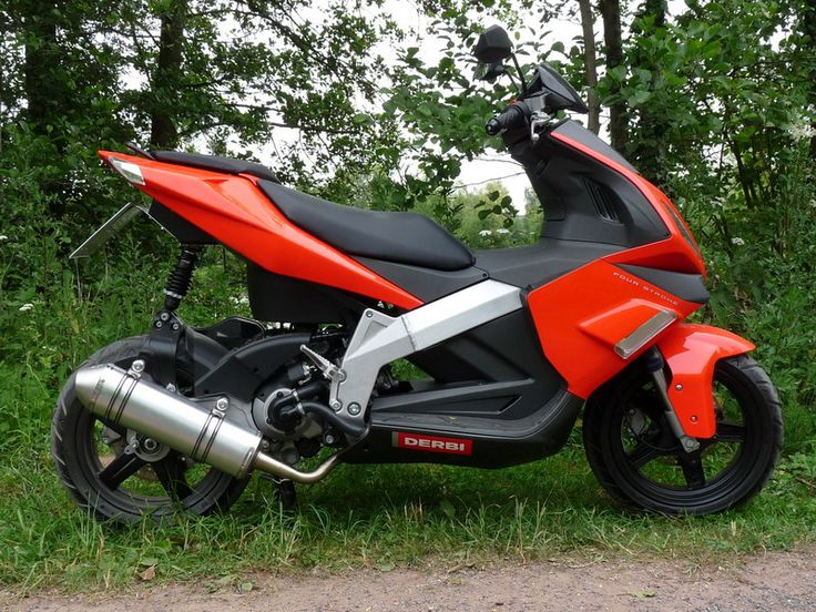 119 best scooter images on Pinterest   Scooters, Motorcycle and Cars