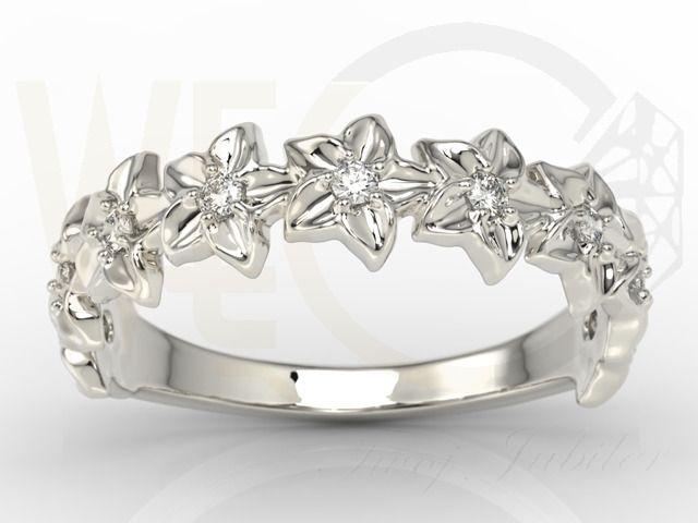 Pierścionek w formie kwiatu z białego złota / Floral ring made from white gold with diamonds /2414 PLN / #floral #ring #engagement #fiance #whitegold