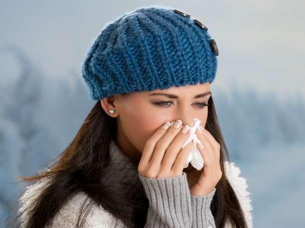3 ροφήματα που καθαρίζουν τα ιγμόρεια και καταπολεμούν άμεσα τη λοίμωξη του λαιμού