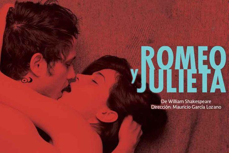 Una nueva versión de Romeo y Julieta de Shakespeare llegó al Teatro Helénico; aquí se combina el lenguaje original con expresiones populares contemporáneas.
