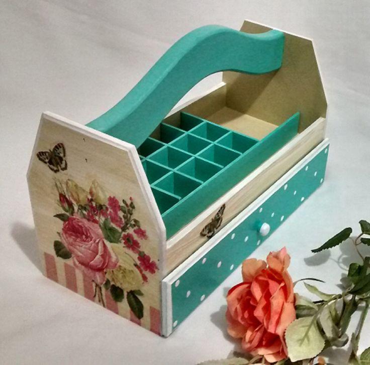 Mejores 7 im genes de porta esmaltes en pinterest caja - Esmalte para madera ...