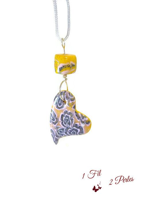 Collier Pendentif Coeur Motifs Roses Gris Pailleté et Doré : Pendentif par 1-fil-2-perles