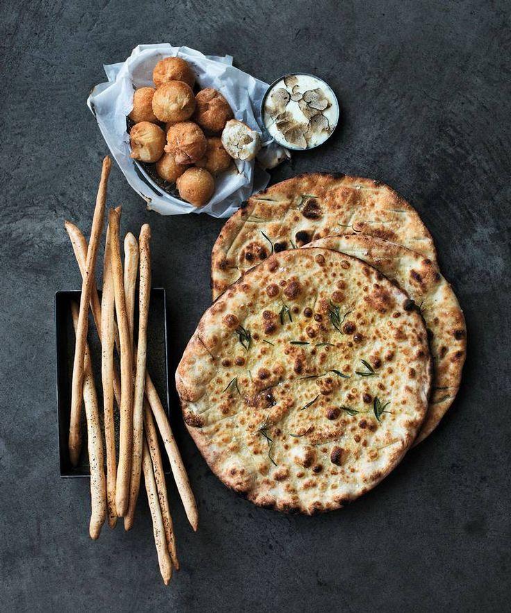 Det blir aldri nok brød på bordet i Italia – disse kan du servere før, med og etter hovedmåltidet.