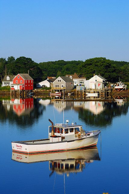 Early morning calm, Cape Porpoise, Maine. Cape Porpoise is a small coastal village in the town of Kennebunkport, and was the original English settlement of the town. It is northeast of Dock Square and southwest of Goose Rocks Beach. (V)