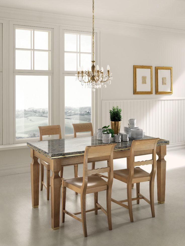 Grand Relais table and chairs