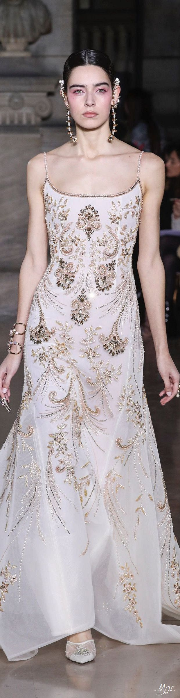 Spring 2017 Haute Couture Georges Hobeika   Divine Asia Collection