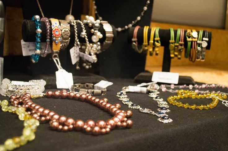 Prachtige sieraden bij Jouw Marktkraam Aalsmeer!