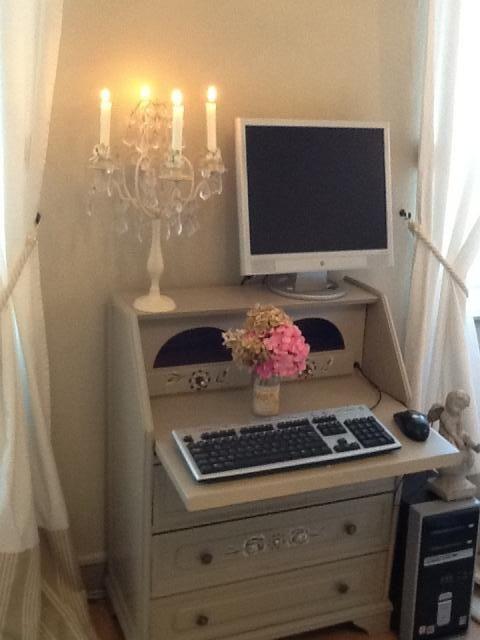 Les 25 meilleures id es de la cat gorie chambres blanc cass sur pinterest murs blancs - Chambre taupe et blanc casse ...