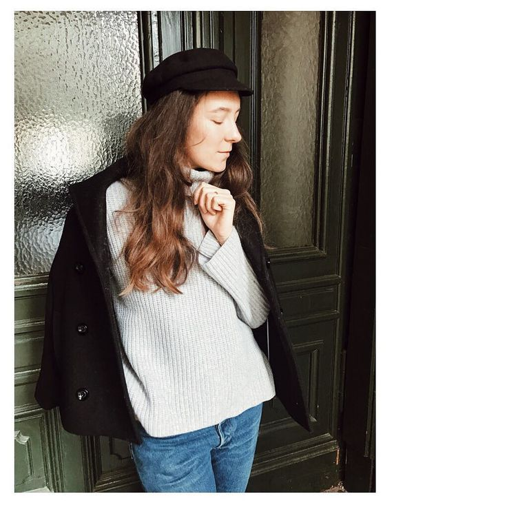 "Gefällt 915 Mal, 4 Kommentare - ARIANE STIPPA (@ariofcourse) auf Instagram: ""Berlin is cold and windy right now. So I like to bundle up with this warm turtleneck from the new…"""