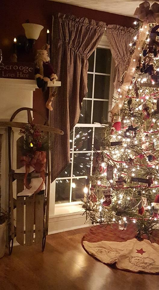 curtains sled - Pinterest Primitive Christmas Decorating Ideas