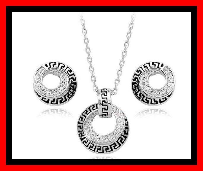 Swarovski kristallen Ketting + oorbellen zilverkleurig - Cheappy