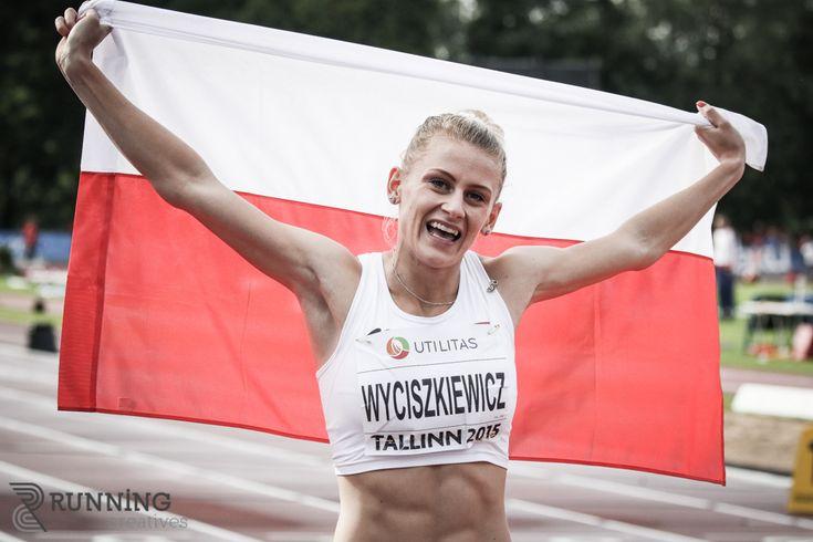 Studentka Uniwersytetu Ekonomicznego w Poznaniu Patrycja Wyciszkiewicz zdobyła srebrny i brązowy medal podczas X Młodzieżowych Mistrzostw Europy, które od 9 do 12 lipca 2015 r. odbyły się w Tallinnie.