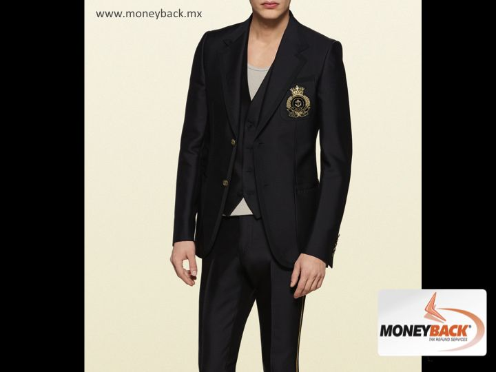 MONEYBACK MEXICO.The iconic GUCCI Heritage jacket has been updated in a new bright black model, silk reminiscent; it has an elegant look but can also be used in a casual way. It has two metal anchor buttons and a shield embroidered in gold. Gucci Mexico is a business affiliated to our tax refund service for foreign tourists.#moneybackwww.moneyback.mx