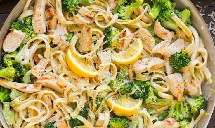 Fettuccine Alfredo au poulet grillé et brocoli