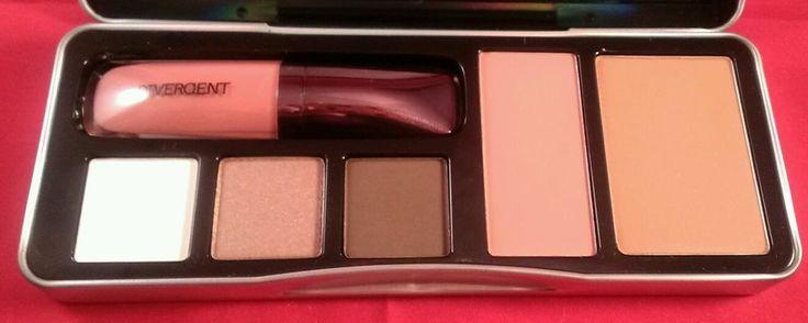 NEW Divergent Makeup Limited Edition Multi-Piece Collectors Palette Blush Eye ++ #divergentmakeup