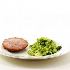 Брокколи с петрушкой и сливочным маслом