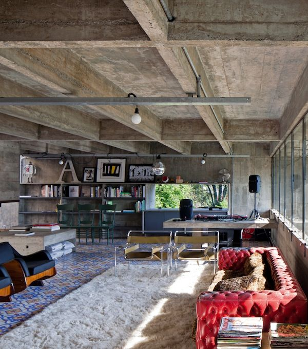 Brutally Beautiful: Concrete House by Paulo Mendes da Rocha