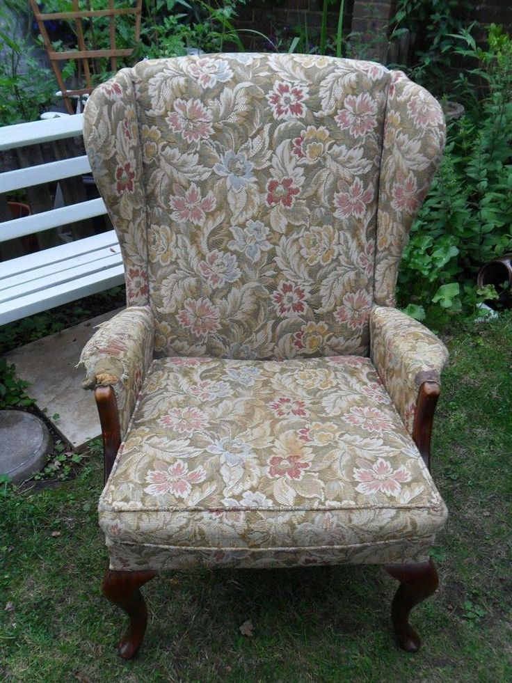 PARKER KNOLL VINTAGE WING BACK CHAIR/ARMCHAIR WITH QUEEN ANNE STYLE LEGS