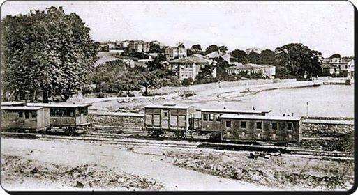1890 Haydarpaşa, Çayırbaşı, İbrahimağa Deresi'nin döküldüğü nokta... Et ve Balık Kurumu'nun binası var