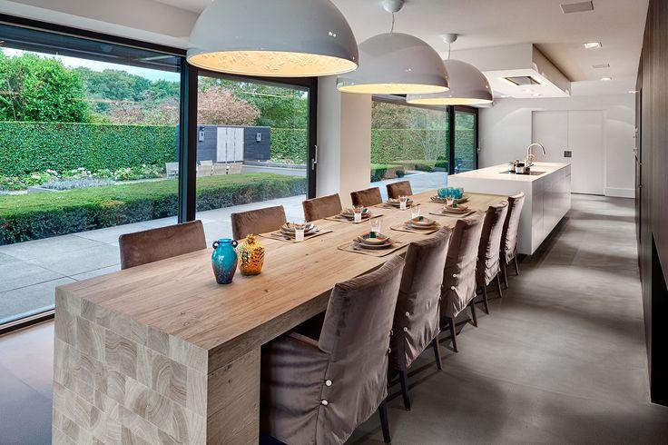 Inspiratieboost: verleng je keukeneiland met een eettafel