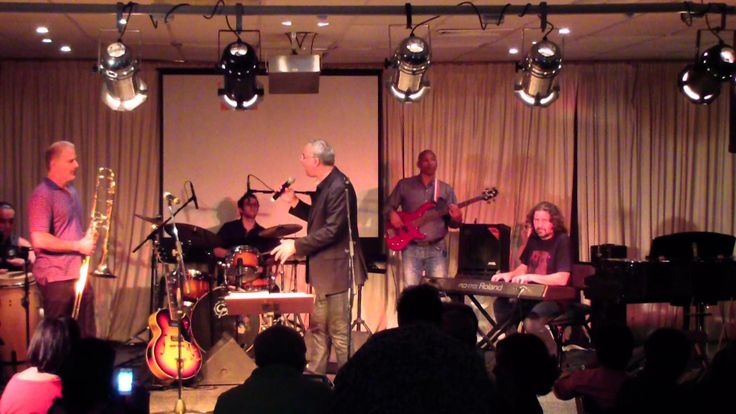 The Glenn Robertson Jazz Band at Kaleidoscope Cafe - Dinde