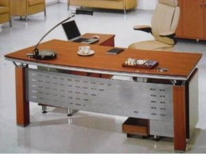 TIPOS DE MESA DE OFICINA QUE EXISTEN El diseño y organización de una oficina es diverso.