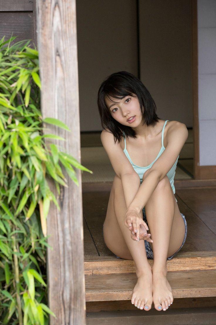 Rena Takeda :http://passion-nippones.eklablog.net/web-gravure-ys-web-vol-662-rena-takeda-a118697434