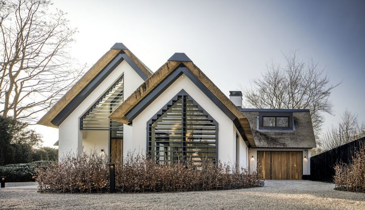 Kabaz - Moderne Villa Laren - Hoog ■ Exclusieve woon- en tuin inspiratie. Prachtige combinatie van stijlvol en klassiek riet met moderne afwerking