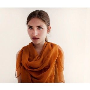 Want to win this Fair trade zijden shawl // Roest? Like me on Facebook!