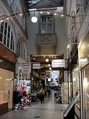 Photo de Passage Choiseul et passage Sainte-Anne, Paris 02, PA00086088